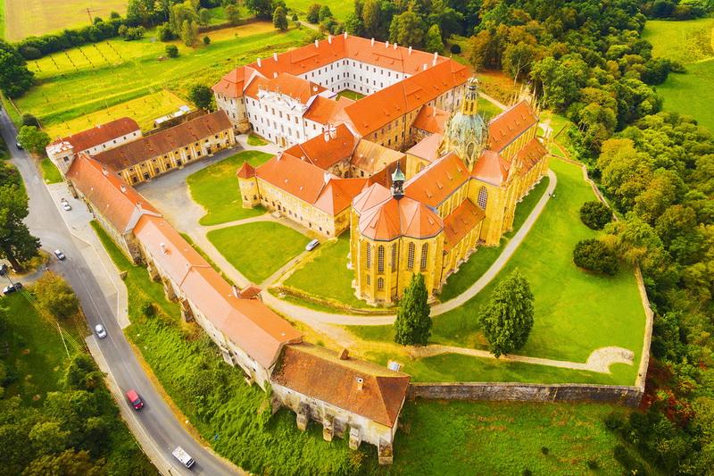 Самые красивые монастыри Чехии